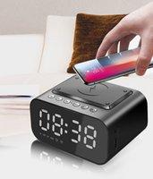 Chargeur sans fil Réveil Horloge Bluetooth haut-parleur LED Smart Table numérique Table électronique Horloges de bureau FM Radio USB Charge rapide
