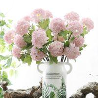 Fleurs décoratives Hydrangea Hydrangea artificielle Fleur blanche Snowball Flores Accueil Partie de mariage Décor de Noël Décorations d'automne de Noël BWD6155