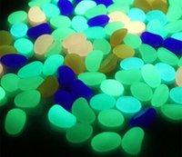 Glow In The Dark Stones Decorazioni Green Decorazioni Giardino Outdoor Pebble Rocce luminose Rocks Acquario Pesce Decorazioni del serbatoio DFF0017