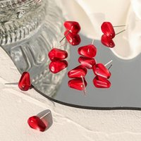 스터드 TimeOnly 귀여운 수지 시뮬레이션 석류 씨앗 귀걸이 여성을위한 핑크 붉은 음식 과일 작은 성명 달콤한 보석