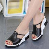 슬리퍼 Weibate 2021 패션 여성 신발 여름 스타일 여성 샌들 플랫폼 높은 뒤꿈치와 쐐기 PU 가죽