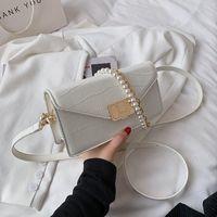Cross Body Women's Premium Texture Luxury Shoulder Bag 2021 Fashion Designer Pearl Bracelet Handbag Wild Messenger