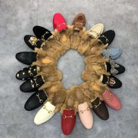 Diseñador Princetown zapatillas hombres mujeres otoño invierno lana mocasines clásico metal hebilla bordado zapatos de lujo abeja serpiente patrón perezoso