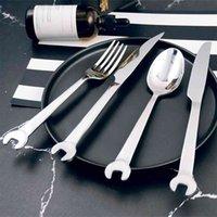 4 adet Yaratıcı Paslanmaz Çelik Çatal Seti Anahtarı Şekli Çatal Kaşık Biftek Bıçak Dishware Sofra Mutfak Eşyaları Setleri Cubiertos 210804
