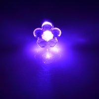 Серьги шпильки оптом цветок формы светодиодные серьги зажигают защелкивающие ушные серьги серьги танцевальные серьги канала ZHL3148