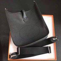 جوفاء الأزياء حقيبة الكتف حقيبة يد جلدية محفظة جودة عالية أنثى سلسلة رسول مصمم عارضة أكياس التخزين سوبر لينة يشعر مطابقة لون حزام