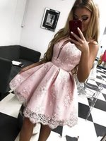 Hot Selling A Line Lace Homecoming Dresses 2022 Sexy V Neckline Graduation Party Gowns Sleeveless Ruched Short Prom Cocktail Vestidos