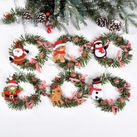 Pine Cone Red Fruit Wreath Flowers Christmas Holiday Party Decoration White Flocking Pendant Frost Ornaments Xmas Tree Decor DHF9003