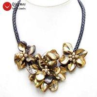 Qingmos Baroque Shell Flor 18 '' Pingente Colar Gargantilha para mulheres com 3 peças marrons e pérola natural corda preta-6332 coradores