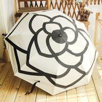 크리 에이 티브 3 접어 울트라 가벼운 자외선 차단제 더블 햇빛 우산 동백 작은 향기 접기 맑은 하 고 비오는 검은 고무 우산