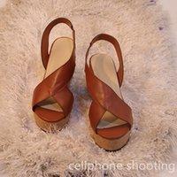 Sandales Femmes Summer Mode Chaussures Dames Wadge Peep Toe Toe Concise Plate-forme Concise Boucle Boucle Épais Semelle Femelle