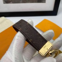 Marke Keychain Luxus Designer Schnalle Liebhaber Auto Key-Ring Handgemachte Lederdesigner S Herren Frauen Tasche Schlüssel Ringe Anhänger Zubehör 4 Farbe