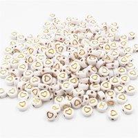 400pcs / set alfabeto acrilico bianco bianco e oro alfabeto acrilico / in oro per le perle rotonde per la creazione di gioielli 7x3mm YKL0798 1709 Q2