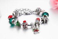 Bijoux à la main en gros Charme Bracelets Style européen Bricolage Grand trou Perle Bracelet Noël Cadeaux de Noël pour femmes Santa Crystal Bell