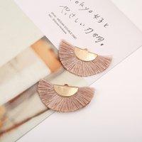 2 шт. / Лот Bohemia Fan Silk Tassel с золотой шапочкой Фланалевая ткань Цветочные кисточки DIY ювелирные изделия изготовление сережных подвесок Материал 901 T2