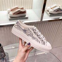 Klasikler Kalite Kadın Ayakkabı Espadrilles Sneakers Baskı Yürüyüş Sneaker Nakış Tuval Düşük Top Platformu Ayakkabı Kızlar Home011 014