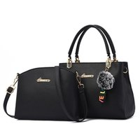 Evening Bags Designer 2 Pcs Set Womens Composite Handbags 2021 Fur Ball Shoulder Bag Female Crossbody Large Capacity Purse