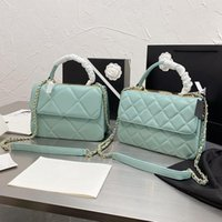 النساء الأقصى حقائب جلدية 2021 حقائب اليد CCCCC عبر الجسم حمل على مصممي المنسوجة الأشرطة 8 الأجهزة شعار نمط الأحجام iconic 2 rtxx