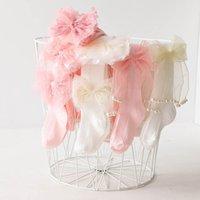 Leggings Girls PantyHose Babybyxor i barnkläder Bomull Princess Blomma Lace Dans Strumpor 0-10Y B4538