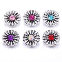 Charm Bilezikler 10 adet / grup 2021 Stil Çiçek 18mm Metal Yapış Düğmeler Takı Vintage Zencefil Düğmesi Fit Bilezik