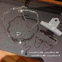 Collier Écran brillant zircon nelace avec plaqué or 18 carats en plaqué or de la chaîne NE de la chaîne et des boucles d'oreilles Flash Tassel Flash