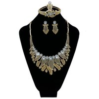 Earrings & Necklace 2021 Fashion Exquisite Noble Gold Wholesale Nigerian Wedding Women Accessories Jewelry Set Bran T007