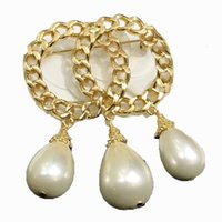 Luxury Designer Brooches Chain Letter Pearl Brooch with Stamp High Quality Party Gift L-C13 @yamalang2