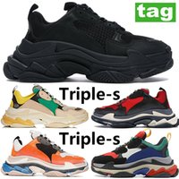 Comfortable Triple-s Platform Old dads shoes grey red blue grey red blue Casual sneakers Fashion black white red neon green men women shoes