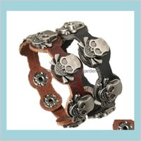 Drop Delivery 2021 Fashion Five Skull Charm For Men Infinity Button 2 Color Leather Bracelets Jewelry Bkik7
