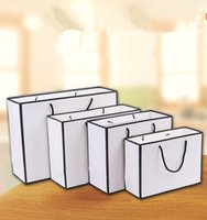 Bianco carta kraft bag di carta addensa abbigliamento regalo shopping packaging sacchetto indumento con manici