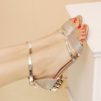 Top Adult Low Fashion Sandals in Spring and Summer New 5CBN