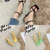 3Q4xy letras Mujeres Sandalias de diseño lujoso sandalia verano cuña Highheel Sandal Sandal Diapositiva Slide Slipper Brand Fends Designer