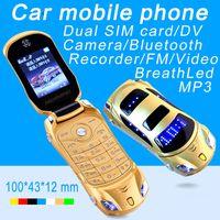 Déverrouillé le plus récent arrivée Super mini-téléphones Carte de voiture Modèle d'étudiant Flip Tapeur de luxe Téléphone portable de luxe jouet Dual Sim Card Cartoo Cars Shape Cellphone