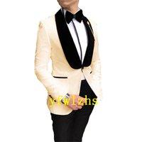 Handsome Embossing Groomsmen Shawl Lapel Groom Tuxedos Men Suits Wedding Prom Man Blazer ( Jacket+Pantst+Tie) Y329