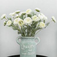Bellissimo Britannico Noble Royal Family Artificial Ranunculus Asiaticus Fiori di seta 3 teste rugiada decorazione di loto decorazione falso fiore decorativo wrea