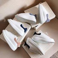 Scarpe casual bianche di alta qualità scarpe colorate tacco colorato piattaforma di pelle da sneakers uomini donne skateboard scarpe espadrille piatta sneaker di design sneaker