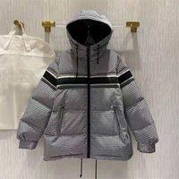 Giacca da uomo Piumino in cotone Designer Giacca in cotone Giacca di alta qualità Classic Luxury Uomo Snowy Winter Suit 2021 Stessa maglia da uomo e donna
