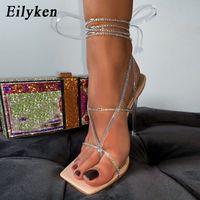 Moda Rhinestone Temizle Kristal Topuk Sandalet Yaz Ayak Bileği Çapraz Kayış Bayanlar Kare Toe Kadın Sandalet Düğün Ayakkabı