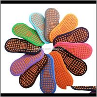 Spor 12 Renk Trambolin Kaymaz Kat Çorap Çocuklar Parentchild Erken Eğitim Yetişkin Ev Yoga Çocuklar Nonskid CE HMLPE