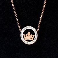 X6-210 Mode Plein diamant Couronne Pendentif Couronne Rose Gold Collier Personnalité Reine Foret de boue Chaîne de la clavicule