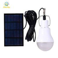 Lampes solaires séparées portables LED ampoules lampe de camping Spotlight avec crochet et câble de 3,5 m pour tente de randonnée Éclairage intérieur extérieur