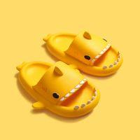China Marke Gelb Stereo Shark Eva Kalttrakt Kinder Hausschuhe Sommer Home Startseite Kleinkind Elternkind Slip Weiches Baby