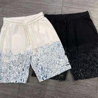 Sweatpants Tamanho M-2XL Estilo de Moda Imprimir Camuflagem Cor Costura Verão Shorts Classic Streetwear homens 2021 Calças dos homens