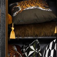 DUNXDECO Cushion Cover Decorative Square Pillow Case Vintage Artistic Tiger Print Tassel Soft Velvet Coussin Sofa Chair Bedding 967 R2