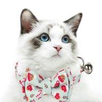 Cuello de gato Pet Navidad Bowknot ajustable equipado con D-Ring y Pequeña campana de metal para los collares de gatitos de gatos