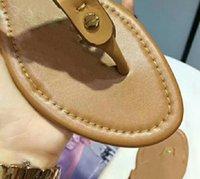 2021 Pantoufles SUNMMER Femmes Sandales Sandale Plat Sandal Sandal Jolie Chaussures Diaposibles Lady Flip Flops avec Box 35-43