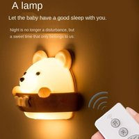 Cordas Creative Bear LED Night Light Recarregável Plug-in Controle Remoto Quarto Bedside Punch-Free Protection Protection Wall Lamp