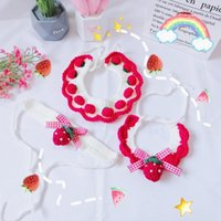 Cat Collar Dog Hand-knitted Wool Strawberry Cute Pet Saliva Towel Neck Strap Pendant Necklace Large Costumes