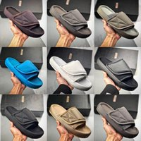 adidas Kanye West yeezy yezzy yeezys  450  Slide Clog Slipper Sandal Foam Runner Triple Black Fashion Slipper Women Mens Tainers bone  Designer Beach Sandals Slip-on Shoes 36-45
