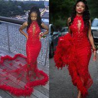 Robe de bal sirène rouge 2021 Plumes modestes Robe de soirée de soirée Pareant Robes Pareant Robe Occasion Dubai 2K19 Black Girl Couple Jour